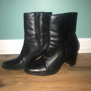 Karen Scott Leather Booties